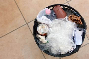 Bidone di spazzatura - Rubbish bin
