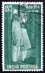Postage stamp India 1959 Children Arriving at Institution