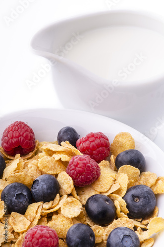 cereali con frutti di bosco