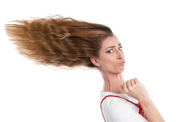 Eine Frau gibt Gas - Eile, Hast, verwehtes Haar