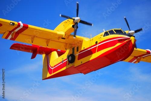 Bombardier d'eau - 49109677