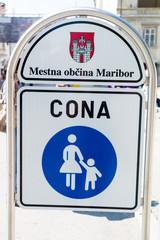 Gehweg Verkehrsschild Maribor