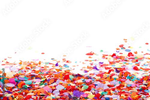 Leinwandbild Motiv Konfetti mit Platz für Text für Einladung oder Plakat für Feier