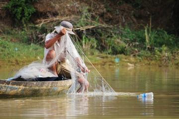 Pêcheur cambodgien