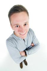 junger mann lächelt