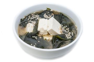 Японский суп с водорослями и сыром