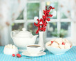 Beautiful white dinner service with an air meringues
