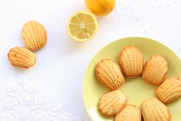 Madeleine Keksen mit Zitrone