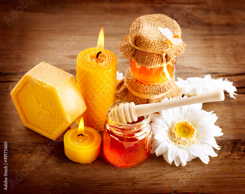 Honey Spa. Healthcare. Handmade Honey Soap. Natural Treatments