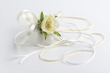 wedding favor with satin ribbons