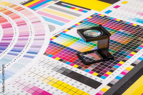Leinwanddruck Bild Magnifier and test print