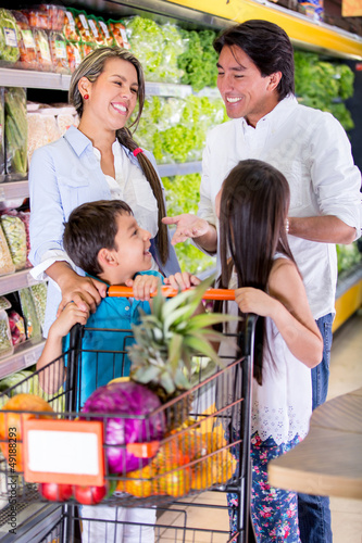 Family at the supermarket