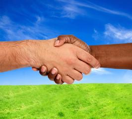 Handshake interracial