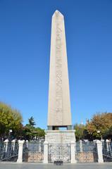 Стамбул, площадь Ахмедие, египетский обелиск фараона Тутмоса III