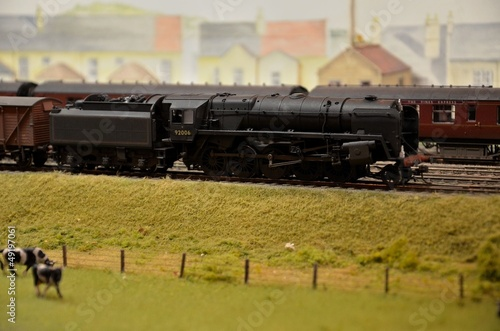 Model train steam engine & coal car