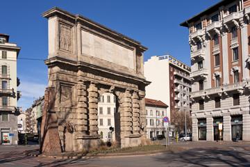Milano - Porta Romana - Piazza Medaglie d'Oro