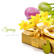 Easter setting with gift box and yellow daffodils