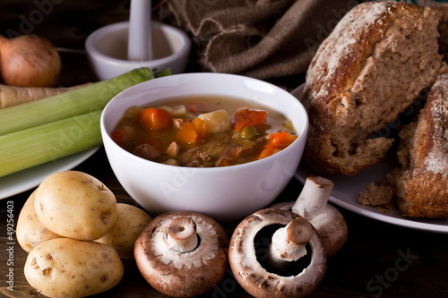 Home made soup and bread with vegetables
