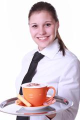 Kellnerin mit Cappuccinotasse 2