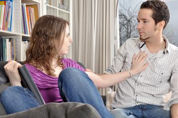 Junges Paar beim Streit