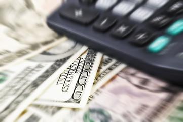 доллары и калькулятор