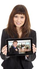 Junge hübsche Geschäftsfrau mit Tablet, Bild Mann