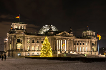 bundestag berlin weihnachtsbaum