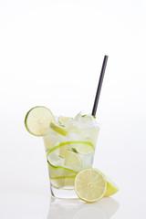 Cocktail, Mojito con sfondo bianco