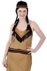 Junge Frau im Indianer-Kostüm