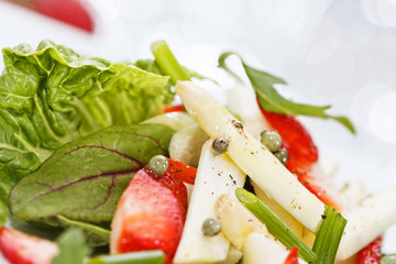 Fresh salad with strawberry and asparagus