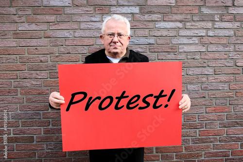protestierender senior