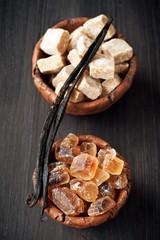 Reed sugar and vanilla sticks