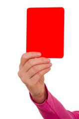 Hand hält rote Karte nach oben