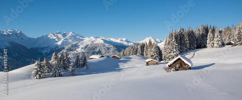 Papiers peints Sauvage Winterpanorama in den Alpen
