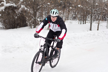 winter cycling bicycle
