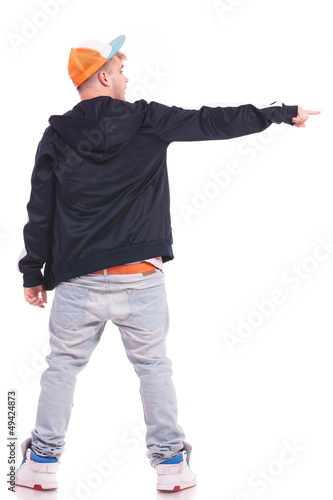 man pointing & looking to side