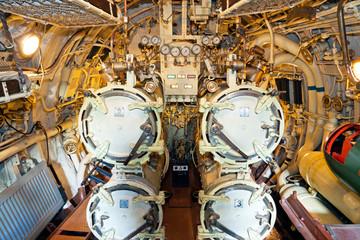 Torpedo ventages of a submarine