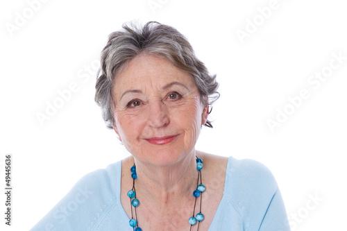 Ausstrahlung de Ältere Dame mit Poster