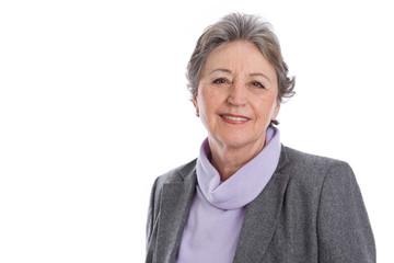 Portrait einer älteren Frau mit grauen Haaren