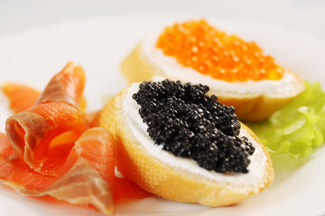 sandwich with caviar