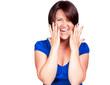 Glückliche Frau schreit