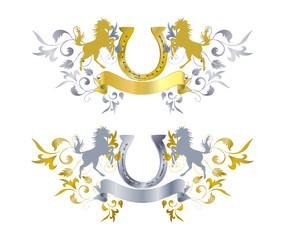 Reiteremblem in Gold und Silber mit Pferd, Hufeisen und Ornament
