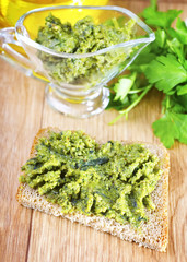 bread with pesto