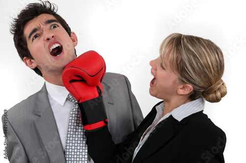 Woman punching mzn