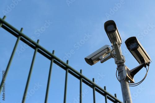 Leinwanddruck Bild Drei Überwachungskameras