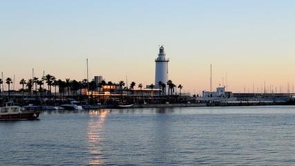 Muelle , puerto - Málaga