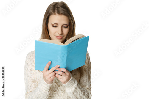 Concentrated woman reading the book
