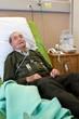 Homme (90s) hospitalisé, sous oxygène