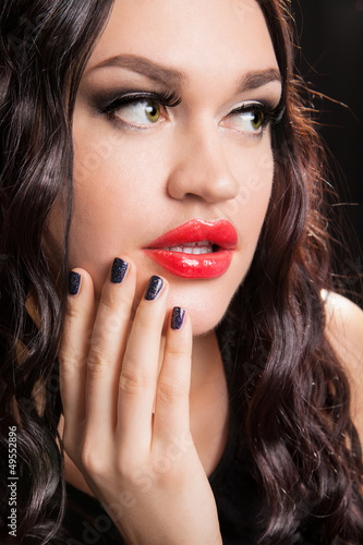 Portrait of stylish woman with fashion make-up