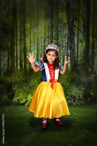 Snow white at the forest